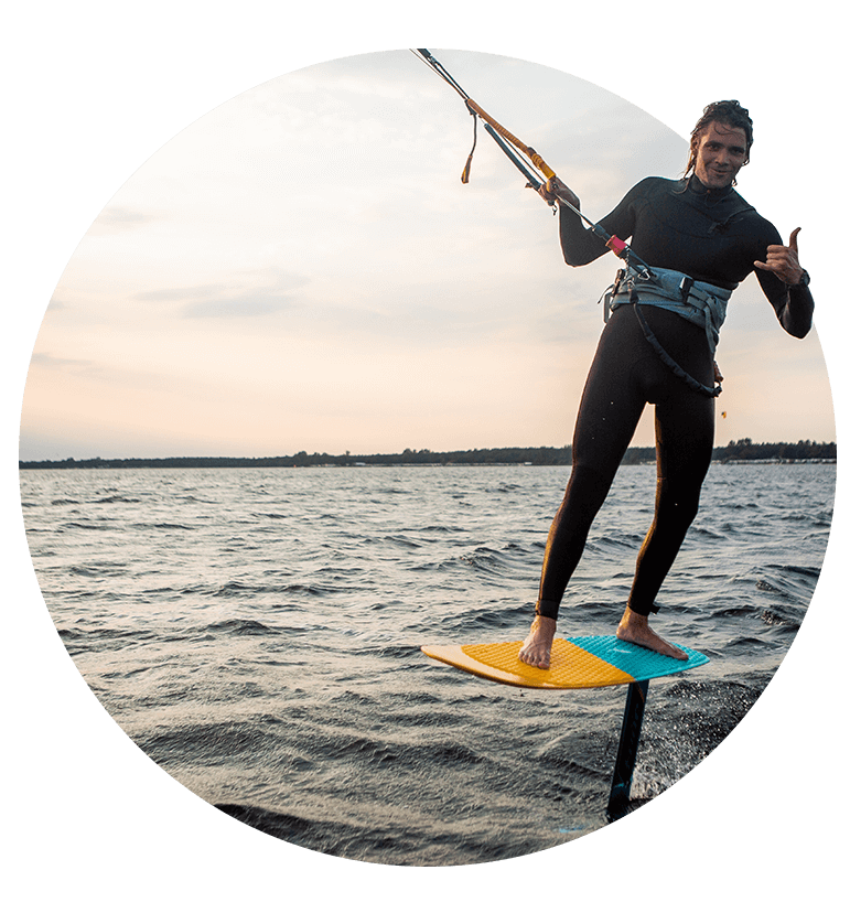 Surfer na kitefoil