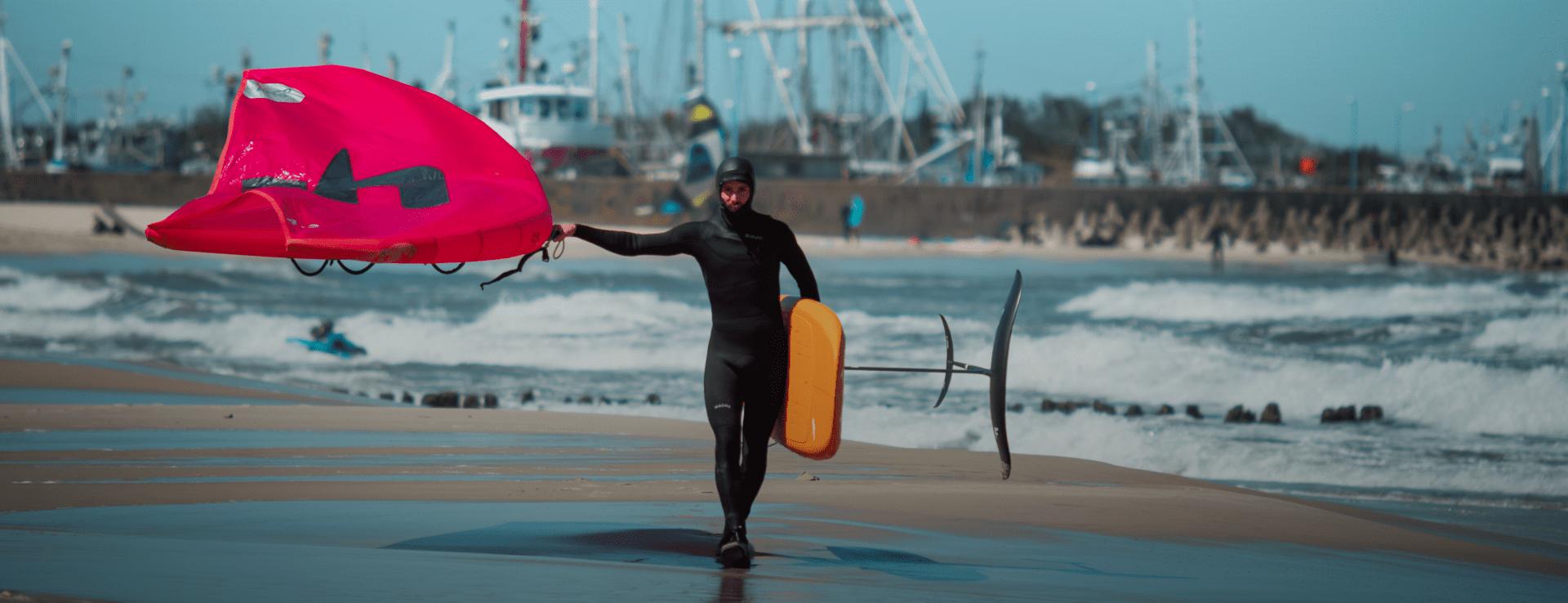surfer z latawcem - Wypożyczalnia wing